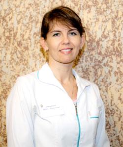Дмитриева Анна Алексеевна, врач стоматолог-терапевт